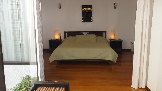 أرجوناوتا بوراكاي بوتيك هوتل: villa 6 master bedroom