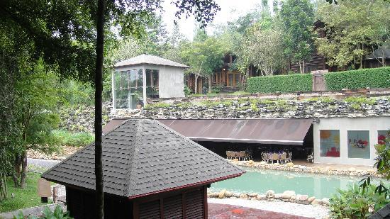Philea Resort & Spa: Beautiful Resort with Gorgeous Landscaping