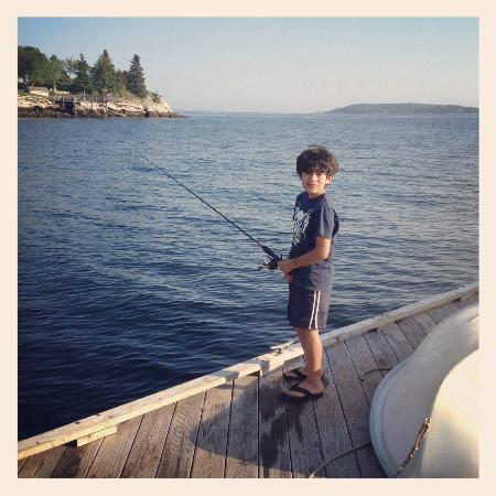 Spruce Point Inn Resort and Spa: The use of the complimentary fishing rods kept my son very busy on the dock.