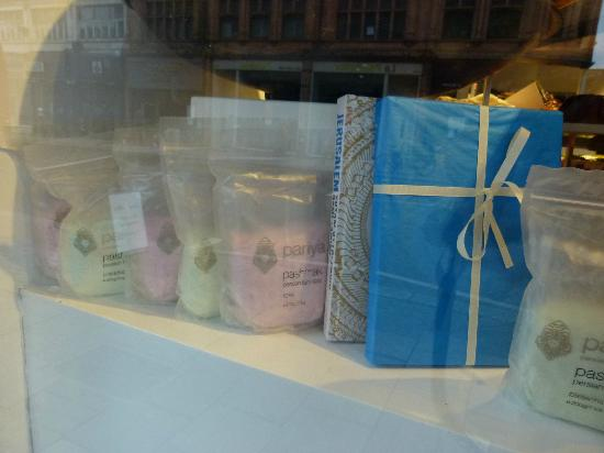 Ottolenghi - Islington: sweets in the window