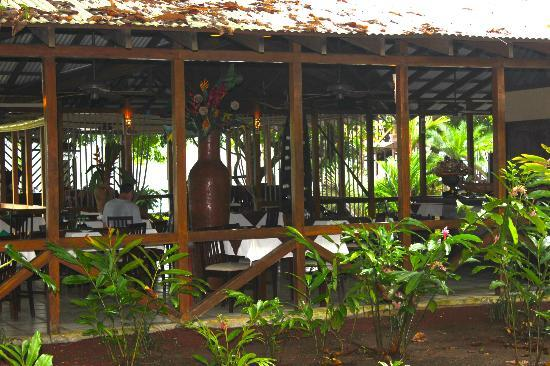Hotel Manatus: Manatus Lodge and Restaurant
