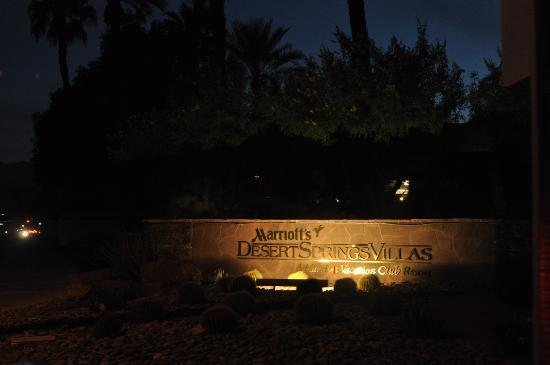 Marriott's Desert Springs Villas II: Entrance