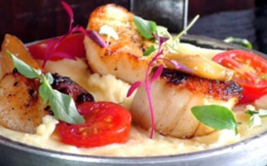 The George at Burpham: Seasonal scallops at George & Dragon Inn, Burpham