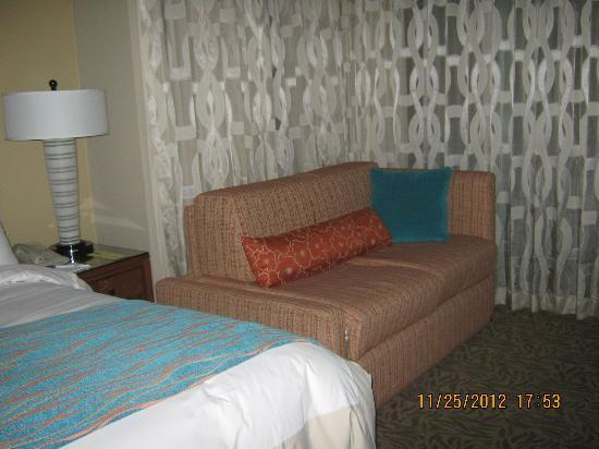Marriott's Desert Springs Villas II: Sofa Bed