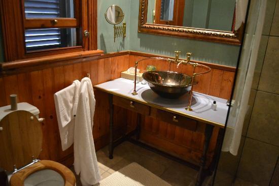 Parker Cottage: Badrum i barnens rum