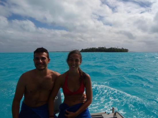 Black Pearl Charters: Aitutaki Lagoon, Black Pearl