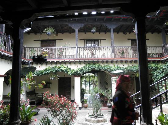 Hotel Museo Mayan Inn: el patio central