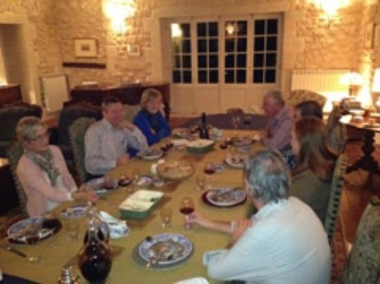 Chambres d'hotes Saint Emilion Bordeaux: Beau Sejour: Beau-Sejour superb table d'hote