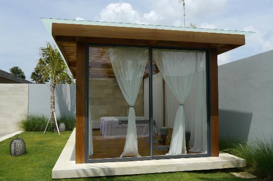 One Eleven: Private spa gazebo