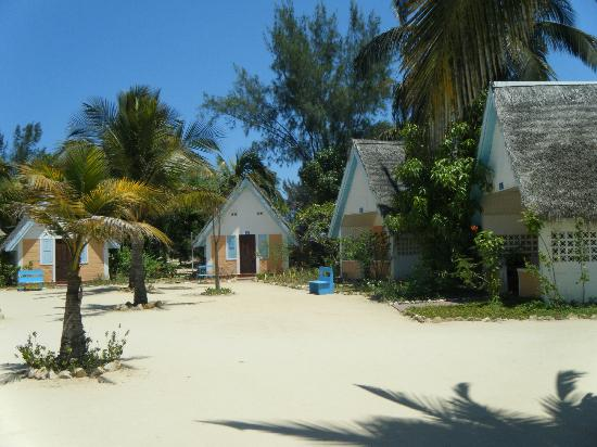 Morondava Beach Bungalows : bungalow