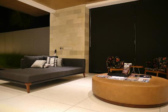 One Eleven: Living area