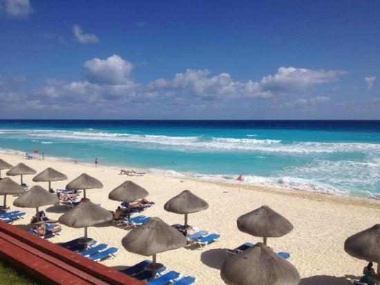 CasaMagna Marriott Cancun Resort: Hotel Beach