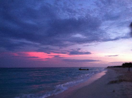 Hotel Riu Yucatan: Sunset