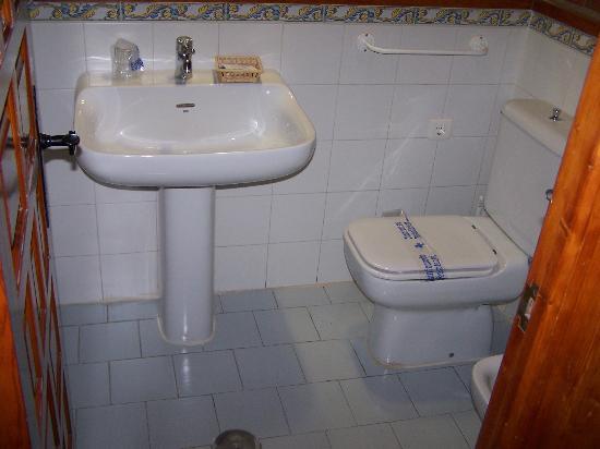 Hotel Montesol Arttyco : Baño