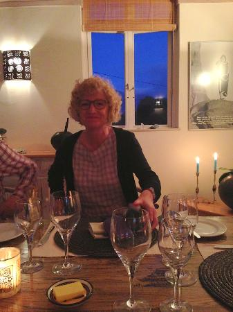 Wild Olive Guest Lodge: Cosy dining