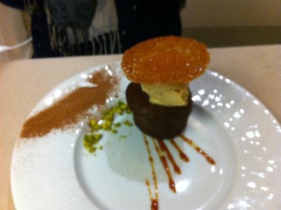 Hotel Cote Rivage : Amazing chocolate pudding