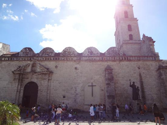 Church and Convent of St. Francis of Asisi: a must to see