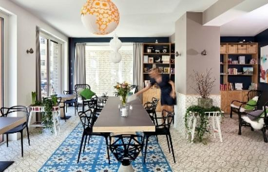 Living room - Picture of The Circus Apartments, Berlin - TripAdvisor