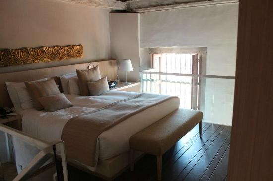 Sofitel Legend Santa Clara: I miss this bed