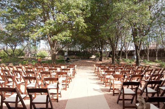Hoffman Haus: Garden - Wedding Ceremony