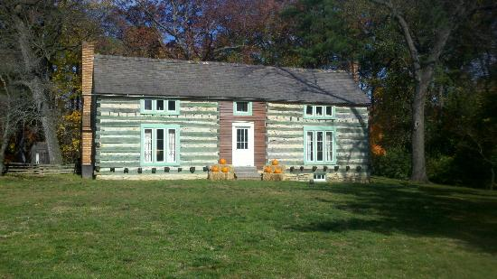 Grant's Farm: House built by Ulysses S Grant