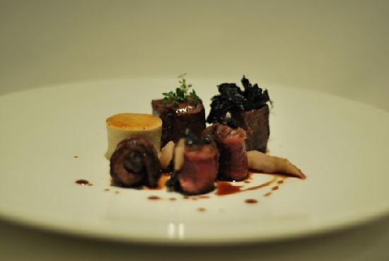 Sollun Restaurante - Pintada 23: plato principal