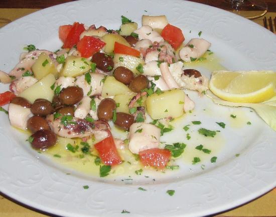 Locanda Fra Diavolo: Салат с морепродуктами