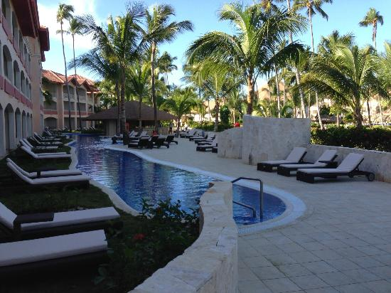 Majestic Colonial Punta Cana: New private club pool (1 of 2)
