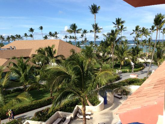 Majestic Colonial Punta Cana: View of Beach. Beach Restaurant in View