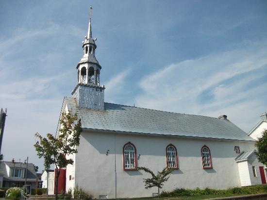Place de la Nation: L'église