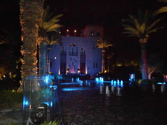 Four Seasons Resort Marrakech: Blue/Orange Restuarant