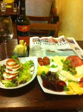 Harlequin Cafe and Wine Bar: homework..