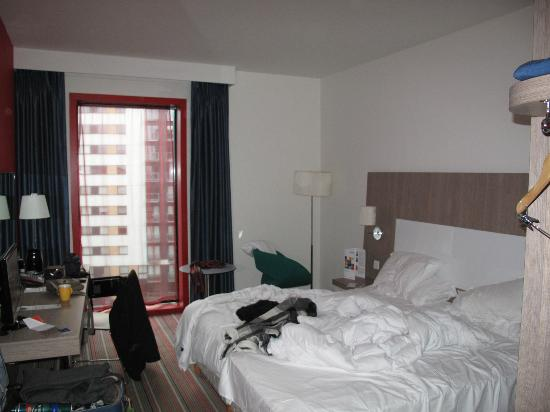 Park Inn by Radisson Manchester, City Centre : Our untidy room our fault