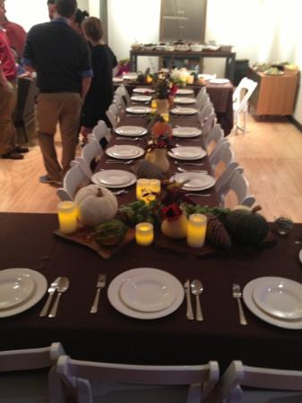 The Island Inn at 123 West: Set for a feast..