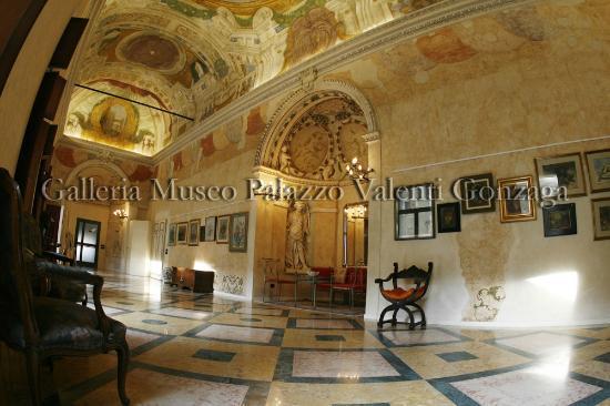 Alcova nella Galleria di Palazzo Valenti Gonzaga