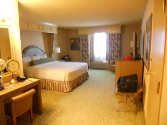โกลเด้นนักเกต: Carson Tower king bed room 1567