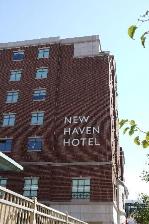 New Haven Hotel: L'esterno dell'Hotel