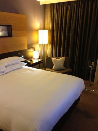 Hilton London Tower Bridge: 7th floor room