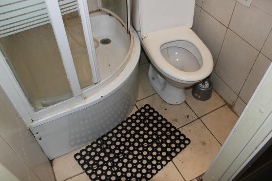 Home from Home Hostel: Bad in der ersten Etage