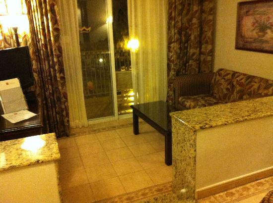 ClubHotel Riu Ocho Rios: delxure room - living area
