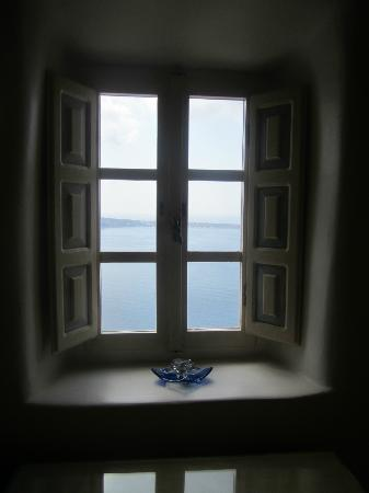 Art Maisons Luxury Santorini Hotels Aspaki & Oia Castle: View from inside our room. Lovely.