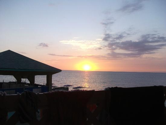 Samsara Cliffs Resort: sunset - view from my room