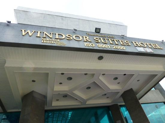 Hotel Windsor Suites and Convention: windsor