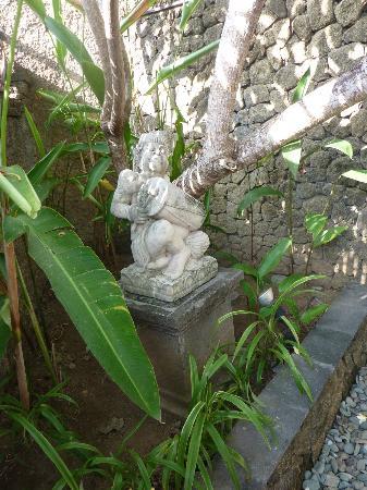 Villa Orchid Bali: Statue