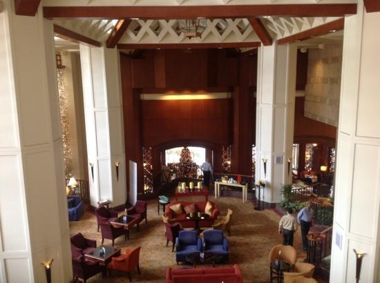 Sheraton Imperial Kuala Lumpur Hotel: cool lobby (free wifi)
