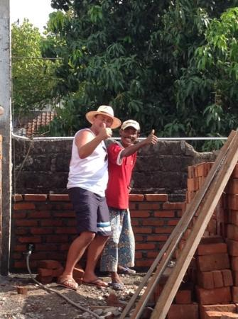 The Breezes Bali Resort & Spa: join in with the locals for a bit of bricklaying!