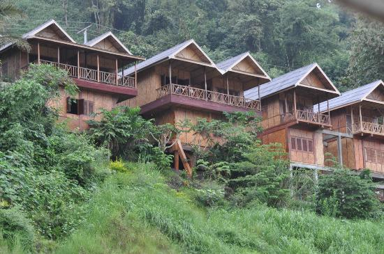 Mekong Riverside Lodge: Hotel from slow boat on the Mekong.