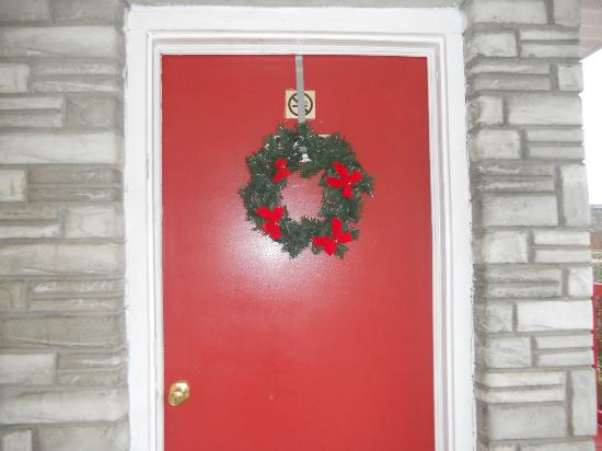 Best Southern Motel: Our door...always something to welcome you there !