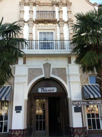 The Hotel Paisano: Entry