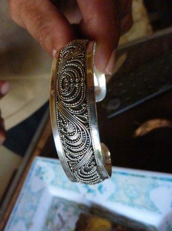 Celuk, Indonesien: joli bracelet